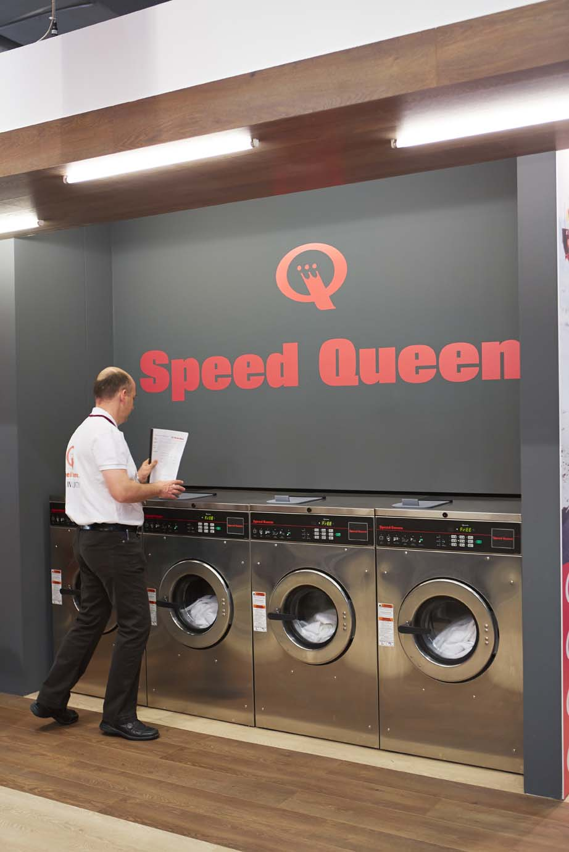 Machines à laver Speed Queen à Paris 2