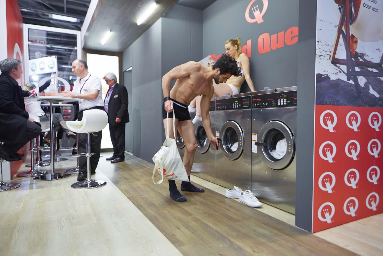 Démonstration laverie Speed Queen à Paris 9