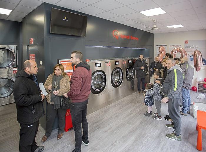 , Speed Queen abre la tienda nº 200 en España después de 5 años conquistando el mercado de las lavanderías.