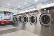 Speed Queen celebrates the opening of its 100th launderette in Spain