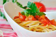 Comment enlever une tache de ketchup ou de sauce tomate ?