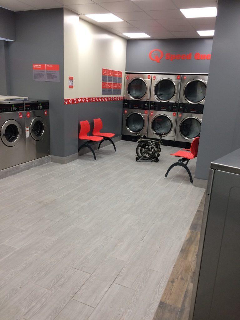 laverie automatique rue crespin du gast paris speed queen investor. Black Bedroom Furniture Sets. Home Design Ideas